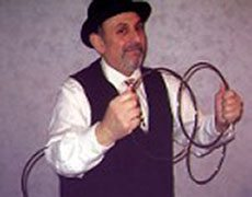 carmini the magician rings trick
